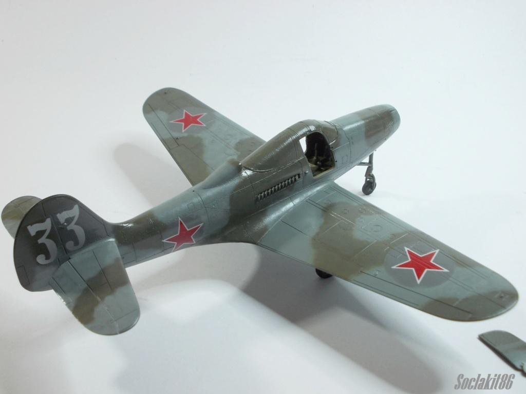 Bell P-400 aux couleurs Russes ( Eduard 1/48) - Page 3 M5813