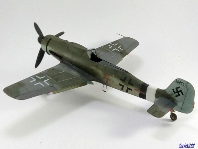 Focke Wulf FW 190D-9 W.Nr. 500647 du 7/JG-26 - Hustedt 1945 (Revell 1/32) - Page 4 M5831