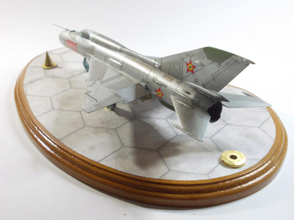 Défi passion : MiG-21 RFMM Izdeliye 94A Fishbed F ( Eduard + Bidouille 1/48 ) - Page 3 M5911