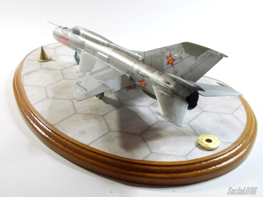 Bell P-400 aux couleurs Russes ( Eduard 1/48) M5912