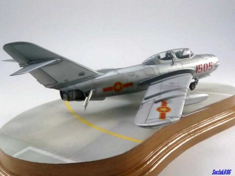 Shenyang JJ-5 Armée de l'air Nord Vietnamienne (Hobby Boss 1/48) - Page 5 M6121