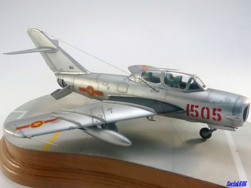 Shenyang JJ-5 Armée de l'air Nord Vietnamienne (Hobby Boss 1/48) - Page 5 M6419