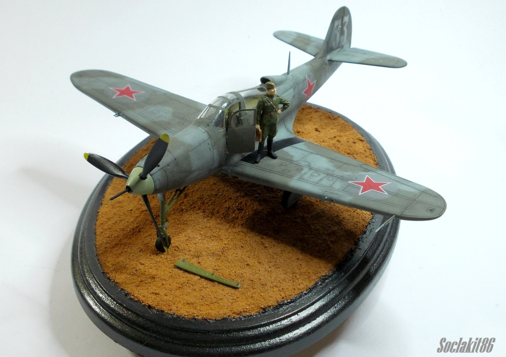 Bell P-400 aux couleurs Russes ( Eduard 1/48) - Page 4 M6812