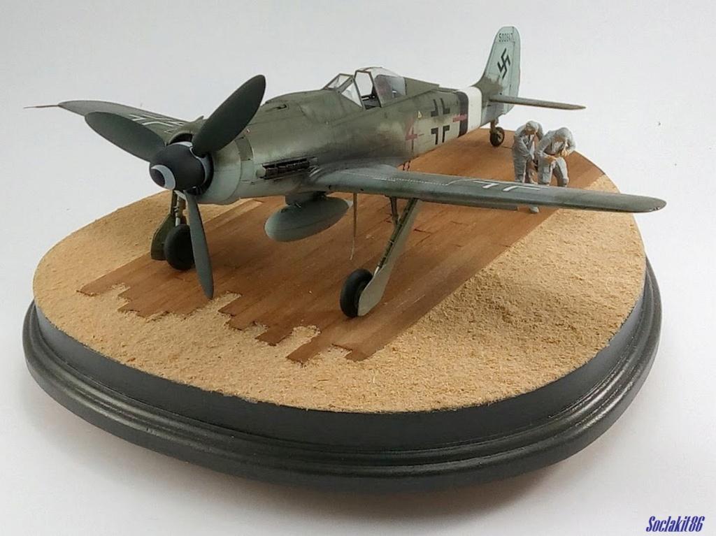 Focke Wulf FW 190D-9 W.Nr. 500647 du 7/JG-26 - Hustedt 1945 (Revell 1/32) - Page 4 M7025