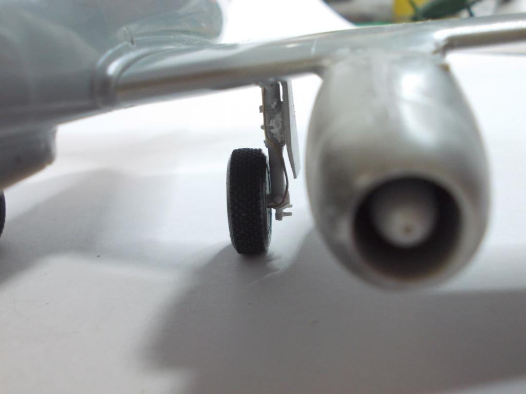 Me 262 A-2a/U2 au 1/48 ( Dragon 5529 versus Hobby Boss 80377 ) M_2611