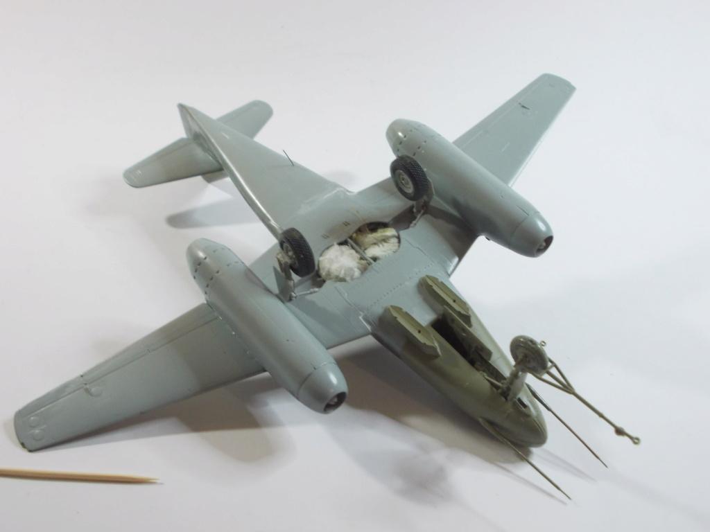 Me 262 A-2a/U2 au 1/48 ( Dragon 5529 versus Hobby Boss 80377 ) - Page 3 M_4310