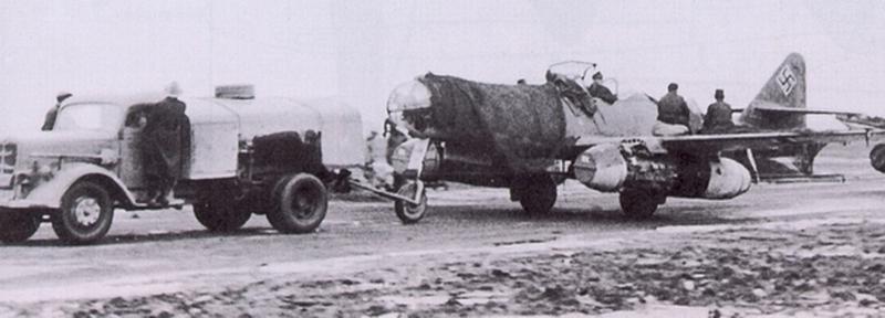 Me 262 A-2a/U2 au 1/48 ( Dragon 5529 versus Hobby Boss 80377 ) Me262a10