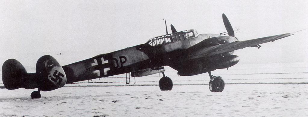 Bf 110 G-4/B2 W.Nr. 5547 aux couleurs Suisse (Eduard 1/48)  Messer12