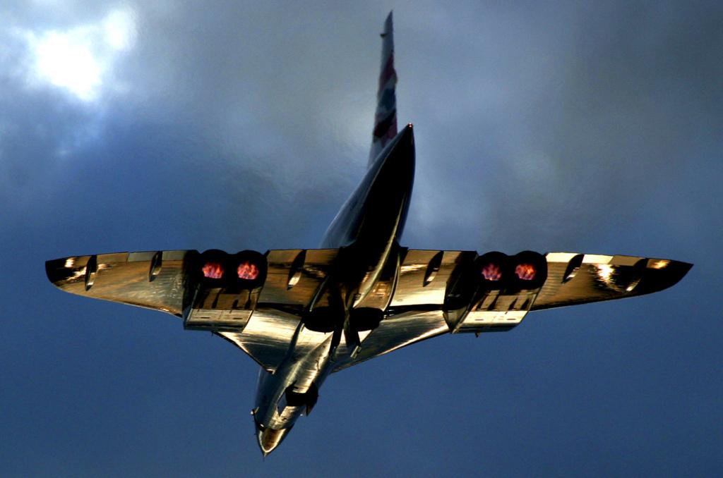 Concorde n°203 / F-BTSC (Heller 1/72) Nauenu10