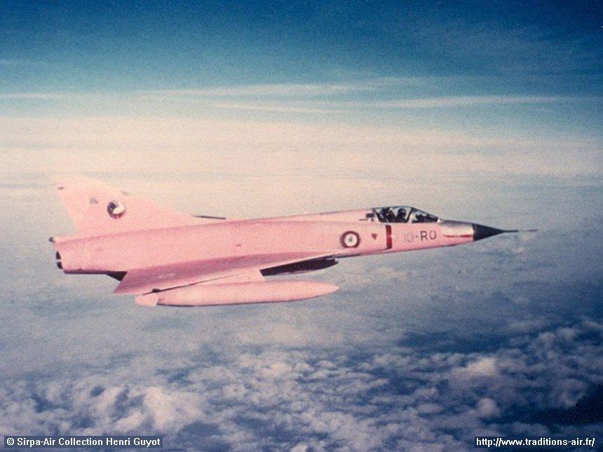 Mirage III C Rose EC 02-010 Seine (Hobby Boss 1/48)  Ob_7dc11