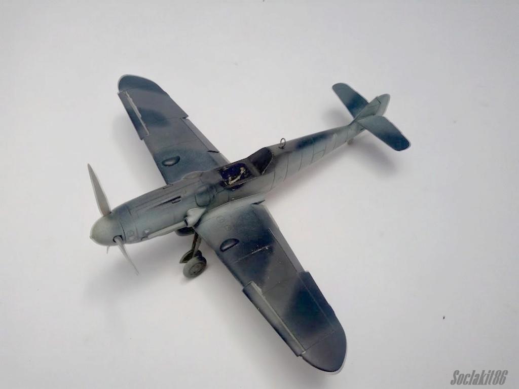 Bf 109 G-6 Hongrois V-8+71 du l'escadron de chasse 4/101 ( Octobre 1944) Hasegawa 1/48 +Décals Aviation USK R0410
