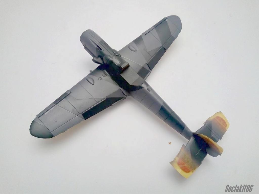 Bf 109 G-6 Hongrois V-8+71 du l'escadron de chasse 4/101 ( Octobre 1944) Hasegawa 1/48 +Décals Aviation USK R2010