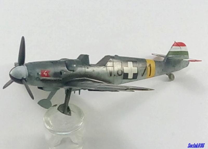 Bf 109 G-6 Hongrois V-8+71 du l'escadron de chasse 4/101 ( Octobre 1944) Hasegawa 1/48 +Décals Aviation USK - Page 2 R3410