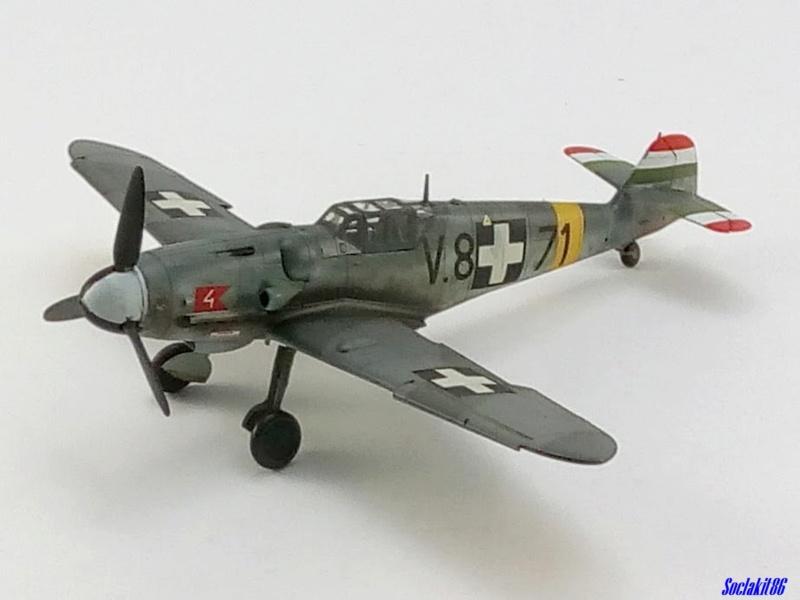 Bf 109 G-6 Hongrois V-8+71 du l'escadron de chasse 4/101 ( Octobre 1944) Hasegawa 1/48 +Décals Aviation USK - Page 2 R4110