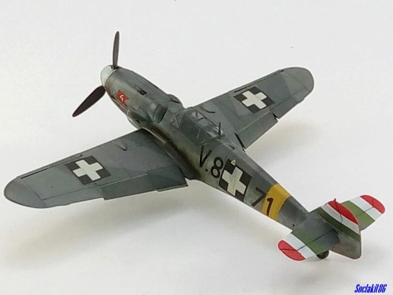 Bf 109 G-6 Hongrois V-8+71 du l'escadron de chasse 4/101 ( Octobre 1944) Hasegawa 1/48 +Décals Aviation USK - Page 2 R4210