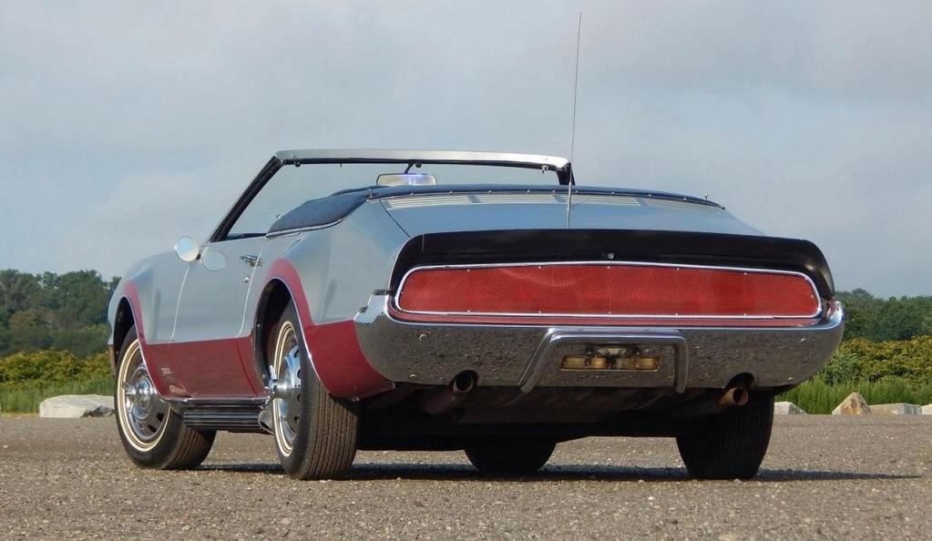 Olds Toronado 1967  Mannix10