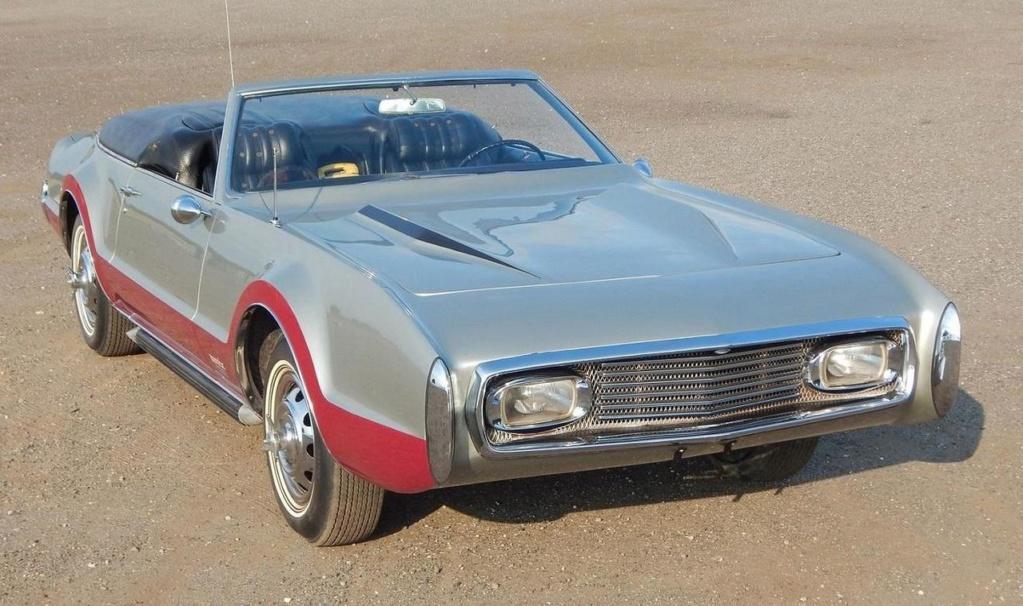 Olds Toronado 1967  Mannix11