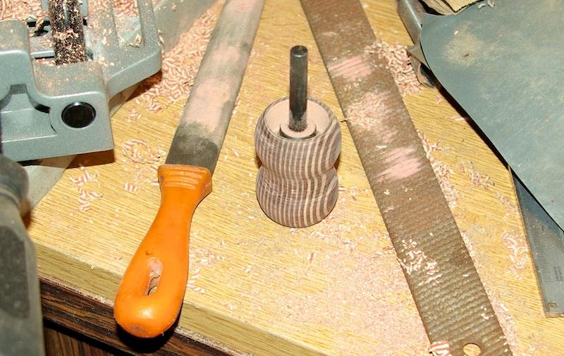 TUTORIEL: Fabriquer un blaireau avec une perceuse - Page 2 Ci310