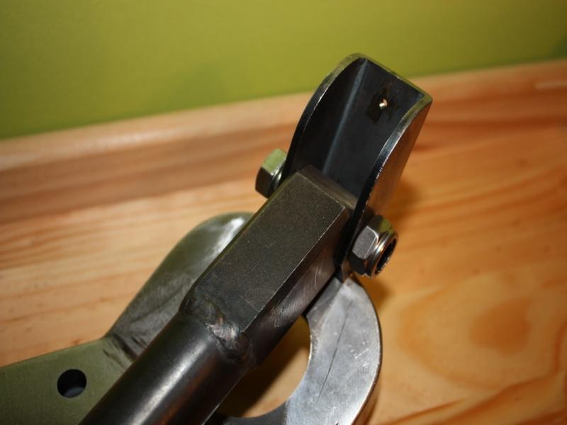 fabrication d'un trépied M2 pour browning cal.30 Img_5416