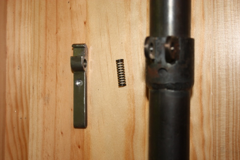 fabrication d'un trépied M2 pour browning cal.30 Img_5425