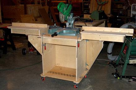 réalisation d'un meuble support pour scie à onglet 18568410