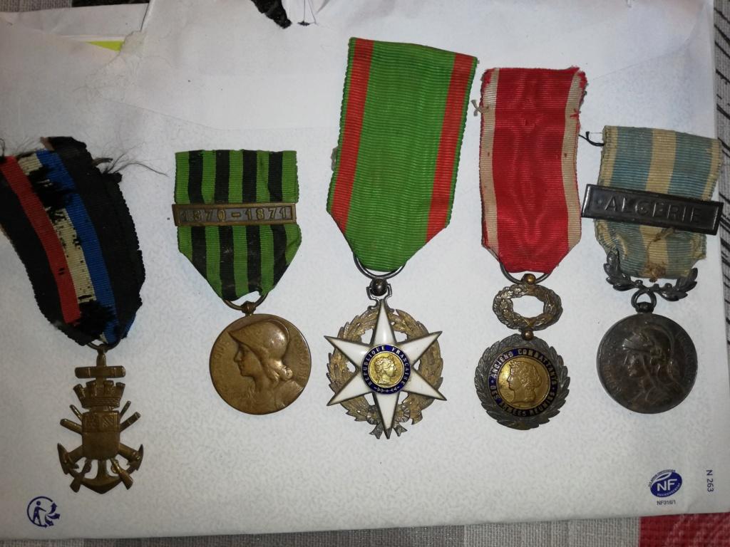 5 médailles anciennes  Img_2380