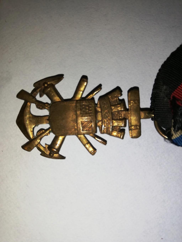 5 médailles anciennes  Img_2381
