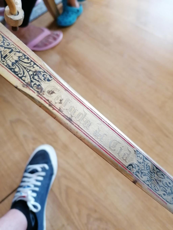 Épée moderne ?  Img_2456