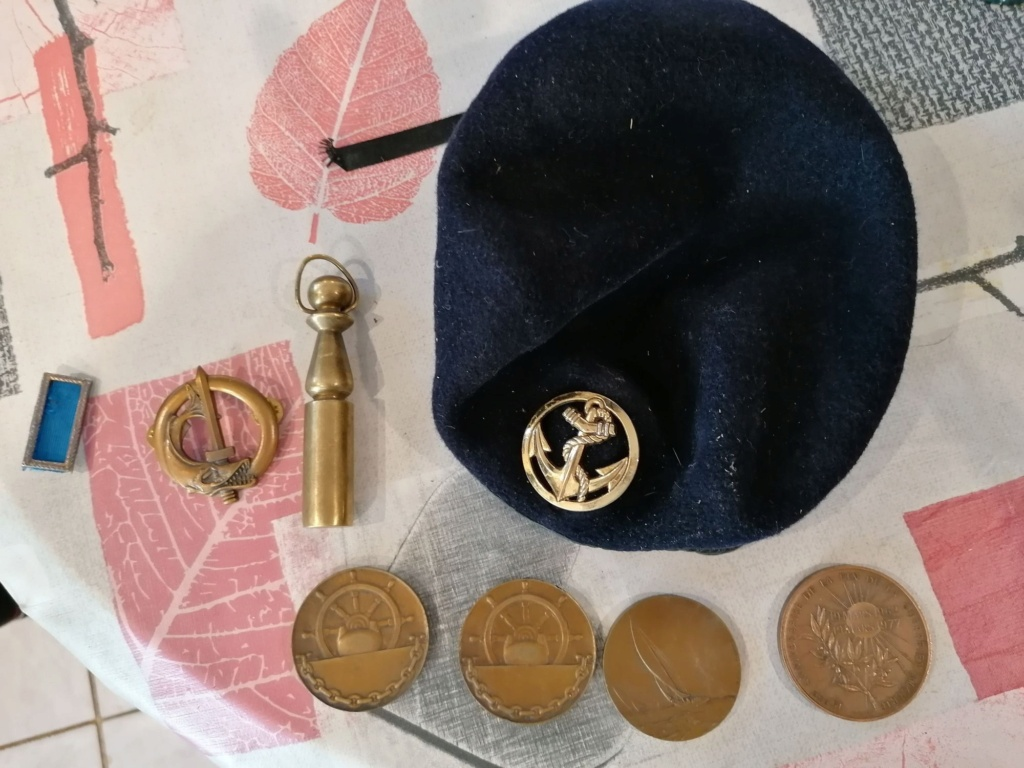Lots médailles insignes  Img_2647