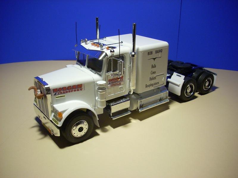 Freightliner Conventional von Revell... 31396410