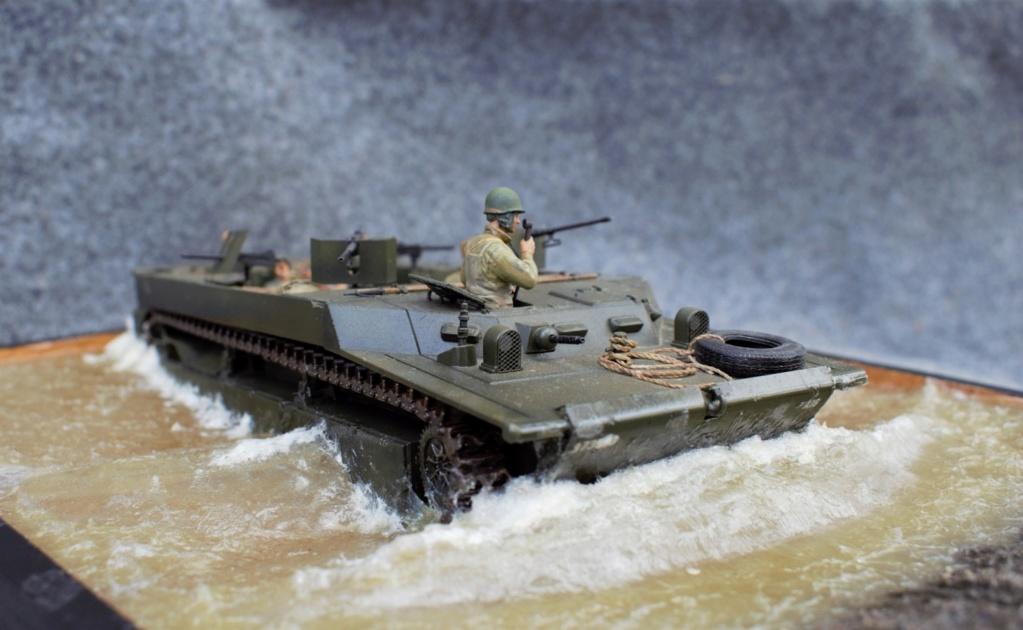 LvT4 en croisière sur le Rhin - Italeri - 1/35 Lvt4_l10