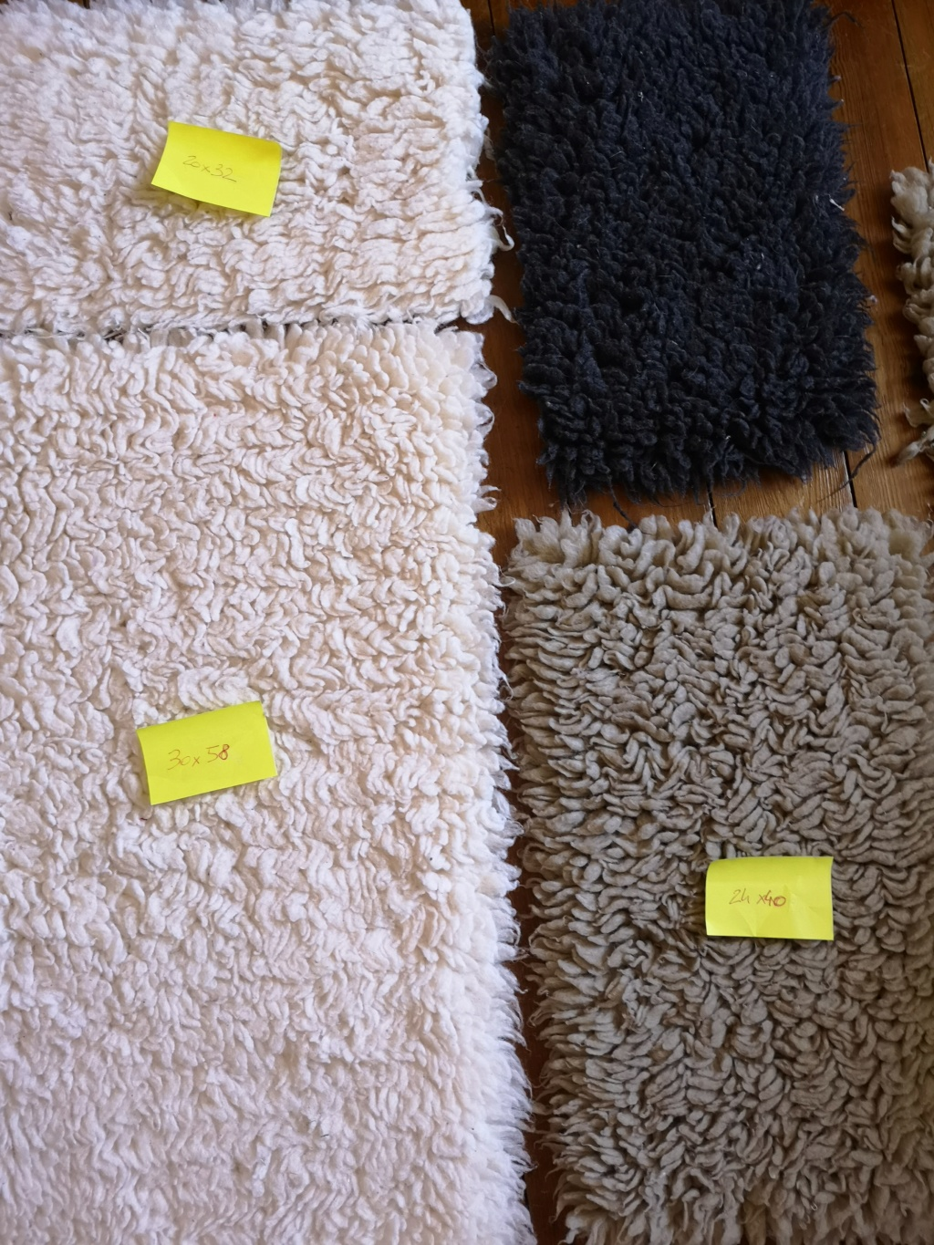 Lot de 5 tapis Drybed  Img_2027