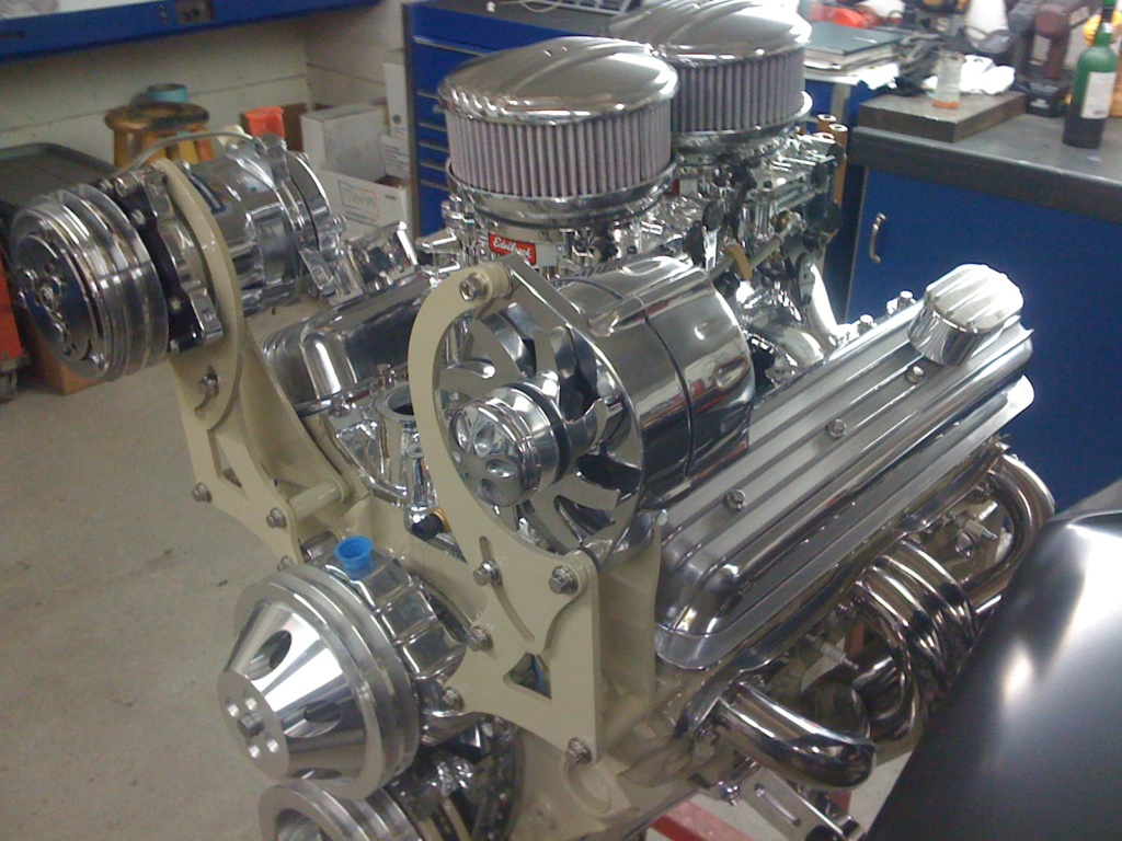 voici le moteur de mon hot rod Img_1110