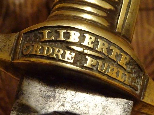 CARTE DE VOEUX POUR COLLECTIONNEUR DE SABRES Eqpix710