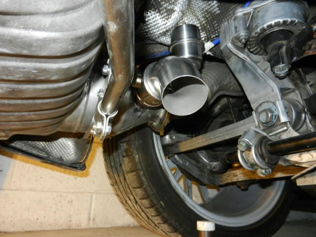 Échappement a valves dans les coudes  Dscn4112