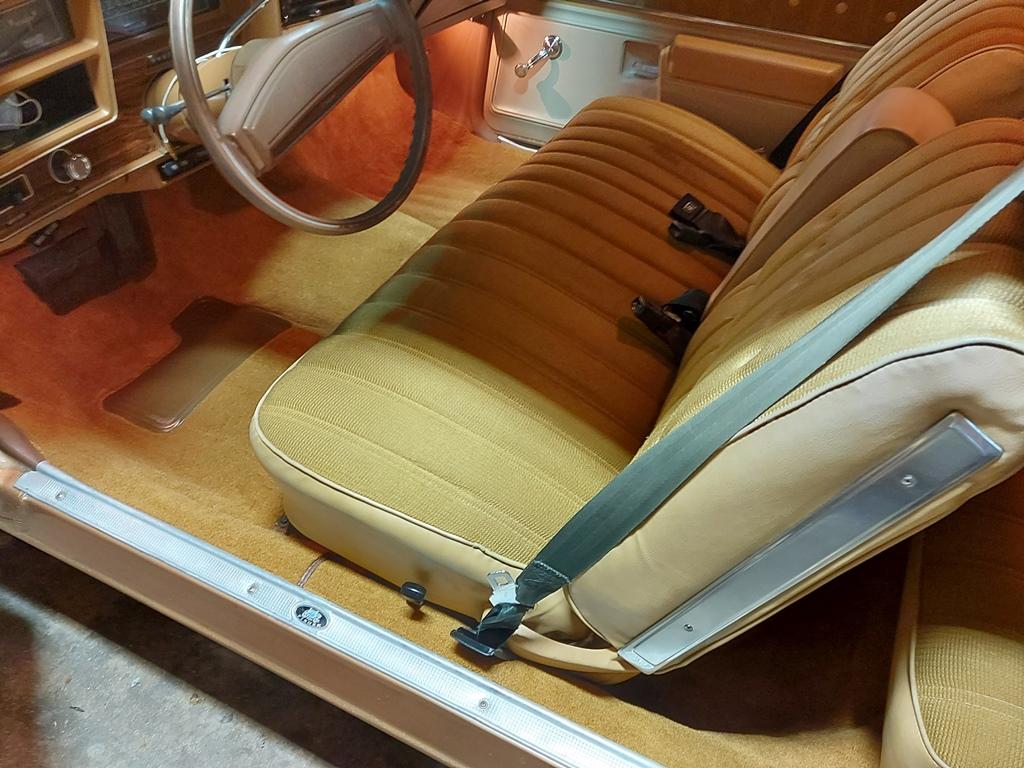 1976 Malibu Classic - Long time Family Car Carpet17