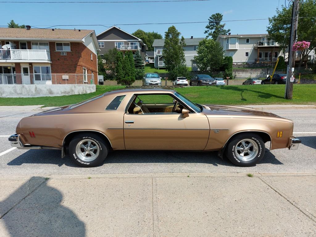 1976 Malibu Classic - Long time Family Car Malibu11