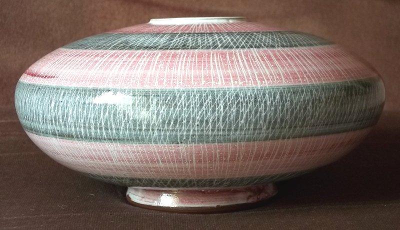 Rye Pottery, David Sharp etc.  - Page 7 100_3821
