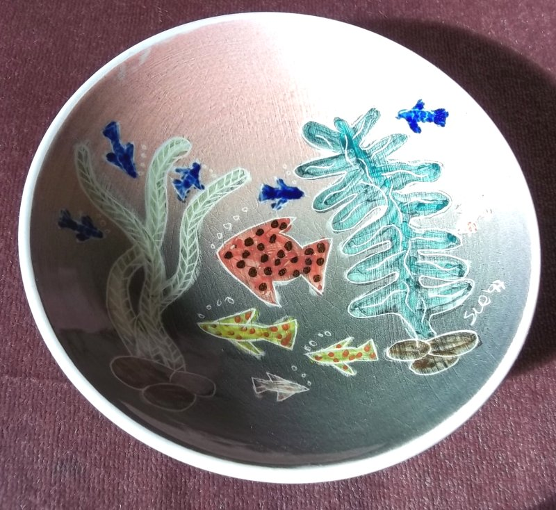 Renella Lester. Yarmouth pottery (Isle of Wight). 100_3917