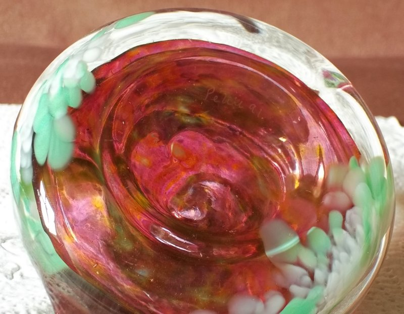 Heavy vase / bottle signed Petit 91. 100_4072