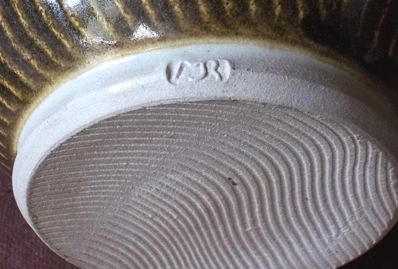 heavy stoneware jug MJR 100_4115