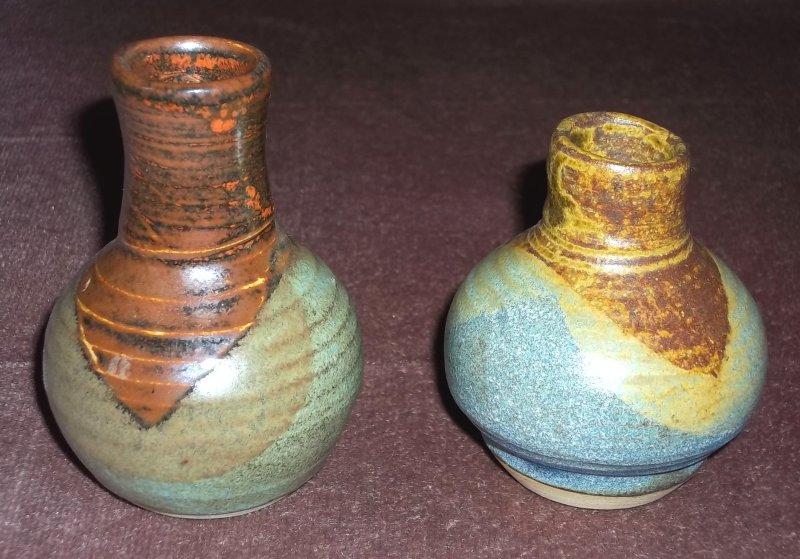 2 stoneware miniature vases 100_4133