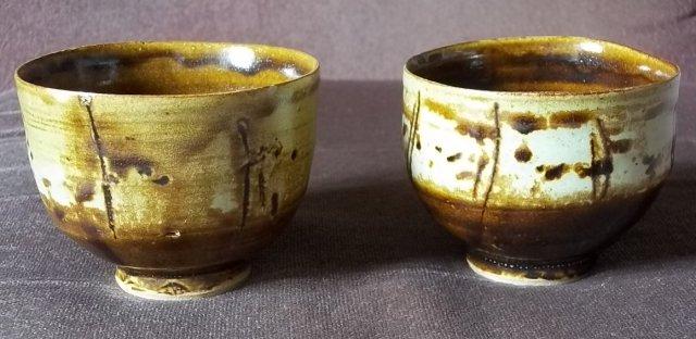 2 x stoneware teabowls 100_4581