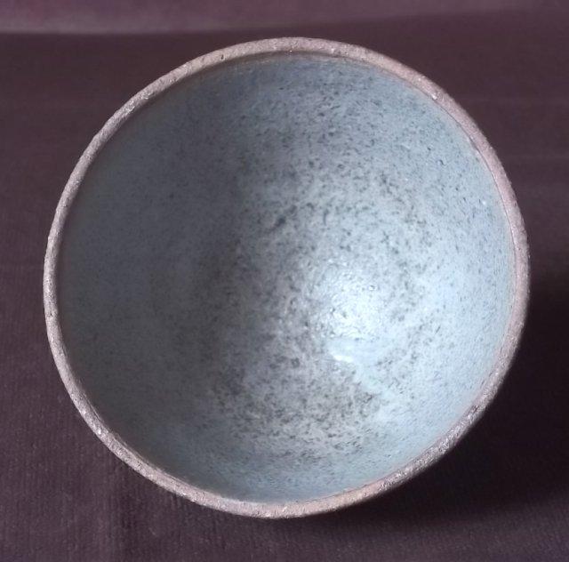 Stoneware teabowl, WT or TW. 100_4641