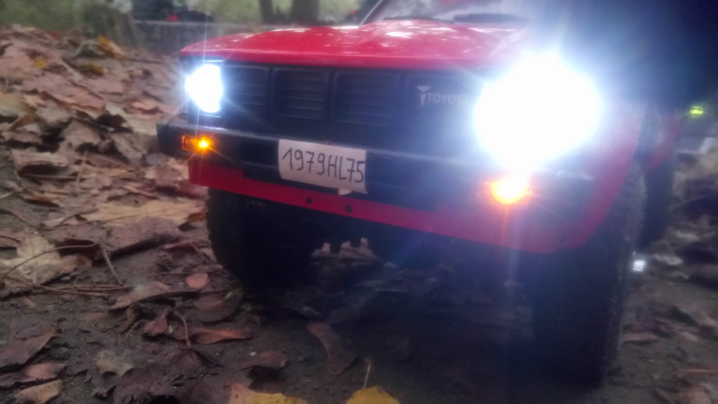Les Toyota Hilux 2 & 4 portes RC4WD Trail Finder 2 RTR de Trankilou &Trankilette - Page 7 Dsc_6432