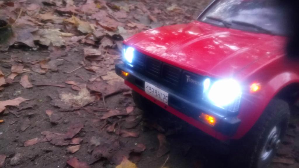 Les Toyota Hilux 2 & 4 portes RC4WD Trail Finder 2 RTR de Trankilou &Trankilette - Page 7 Dsc_6433