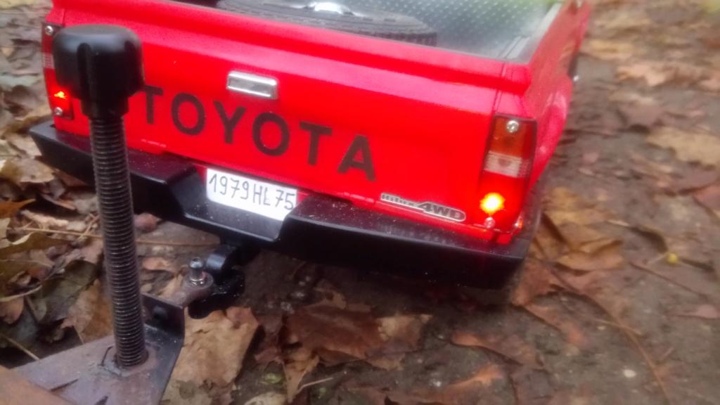 Les Toyota Hilux 2 & 4 portes RC4WD Trail Finder 2 RTR de Trankilou &Trankilette - Page 7 Dsc_6438