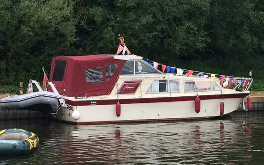 Freeman 27 hardtop ( Norfolk Broads) Img_2015