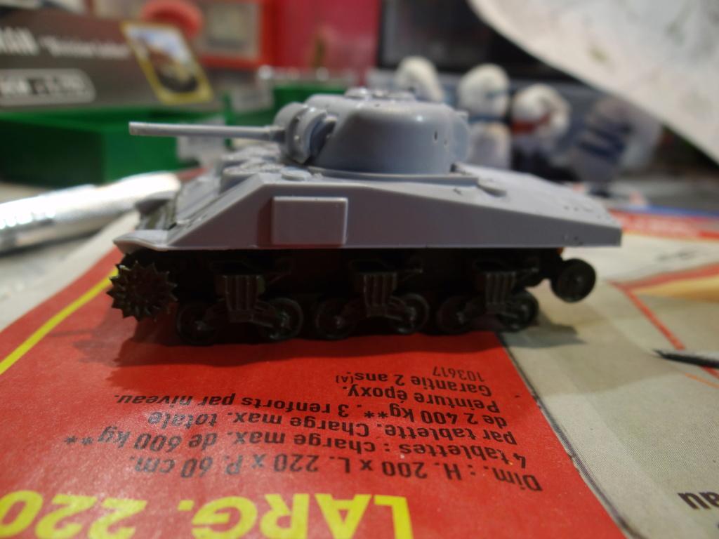 Sherman M4 heller 2e DB Heller 1/72  Dsc07421