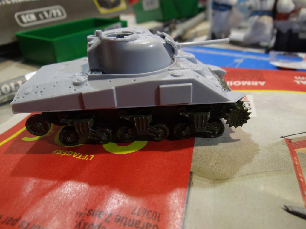 Sherman M4 heller 2e DB Heller 1/72  Dsc07422